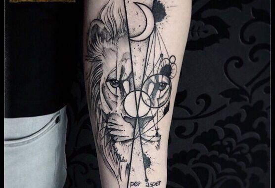 Tatuaj religios full sleve cu Isus