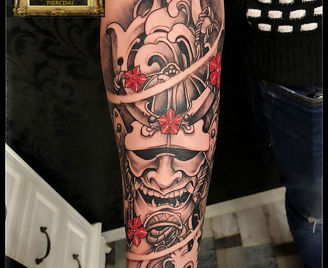 japanese tattoo, baba novac tattoo, tatuaje mall vitan, tatuaje salon, tatuaje park lake, salon tatuaje bucuresti, tatuaje titan, salon tatuaje