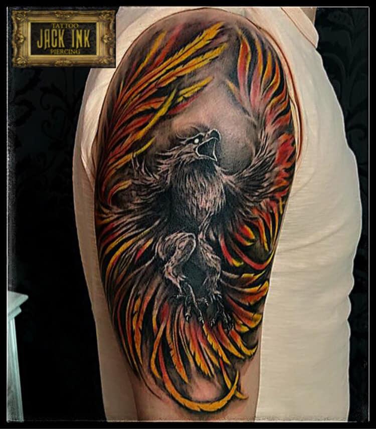 tatuaj grifin pe brat tatuaj grifin pentru barbati